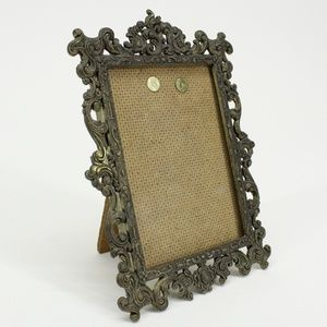 Vintage Gold Detailed Small Picture Frame